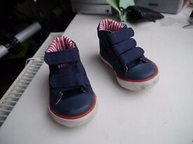 Navy blue Jo Jo canvas shoes, size 3, great condition, boy or girl