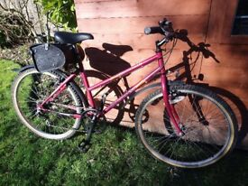 Ladies red Bike/Bicycle Oasis Townsend mtb - ready to go with bag & accessories