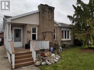 50 HOUSTON ST CHATHAM, Ontario