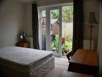 Large Bedroom with direct access to garden - Furnished £119 per week - £515 per month