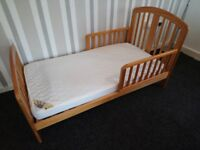 Baby Weavers Toddler bed with mattress
