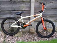 RUPTION THRUST BMX BIKE