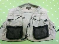 Airflo fly fishing vest size M