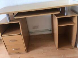Desk perfect condition
