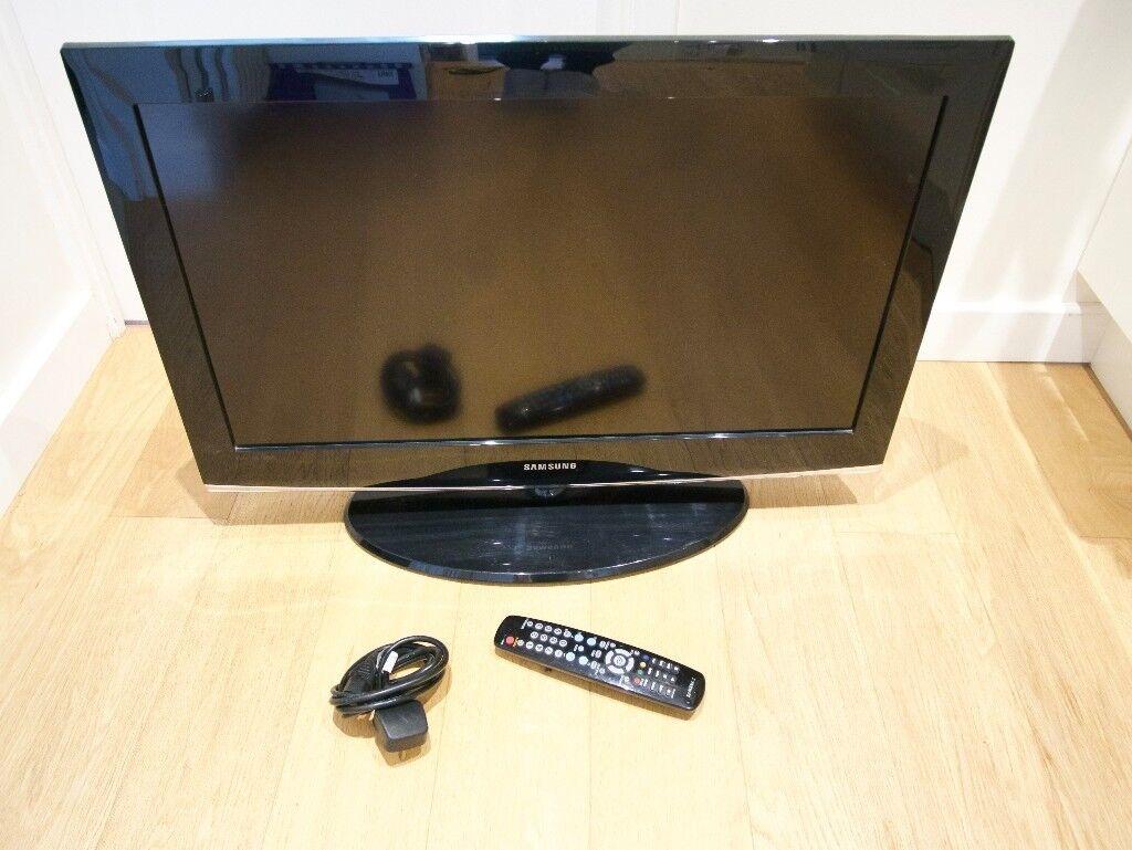 "Samsung LCD 27.5"" screen"