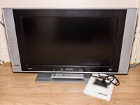 """Philips 26"""" LCD Widescreen Television with Remote, Power Cable & Manual - 26PF5520D/10"""