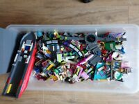 LARGE lot of LEGO...Harry Potter, Doctor Who, Star Wars and much more