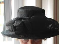Mother of the bride/Ascot hat.