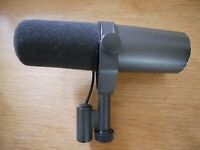 Shure SM7B, amazing dynamic microphone for sale. Barely used, super cheap!