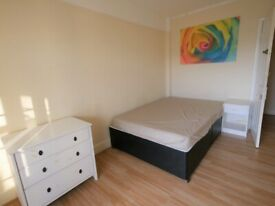 Large Double Room to let in Town Centre - 9BC1