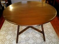 Ercol Old Colonial drop-leaf dining table