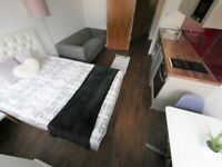 Large Studio Flat to let on HOLIDAY BASIS