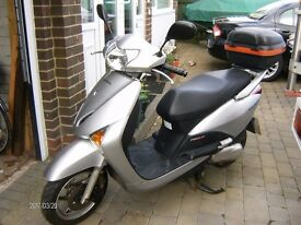 Honda Lead NHX 110 Nov.2010 low miles, in very good condition