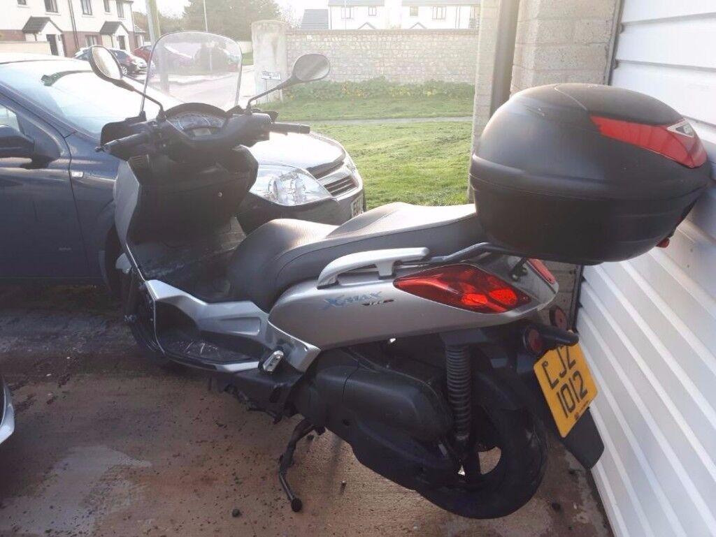 2006 Yamaha YP125 R-MAX Scooter