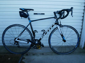 Scott Solace 30 Road Bike. Size M (54inch). Shimano 105 Groupset. Excellent condition