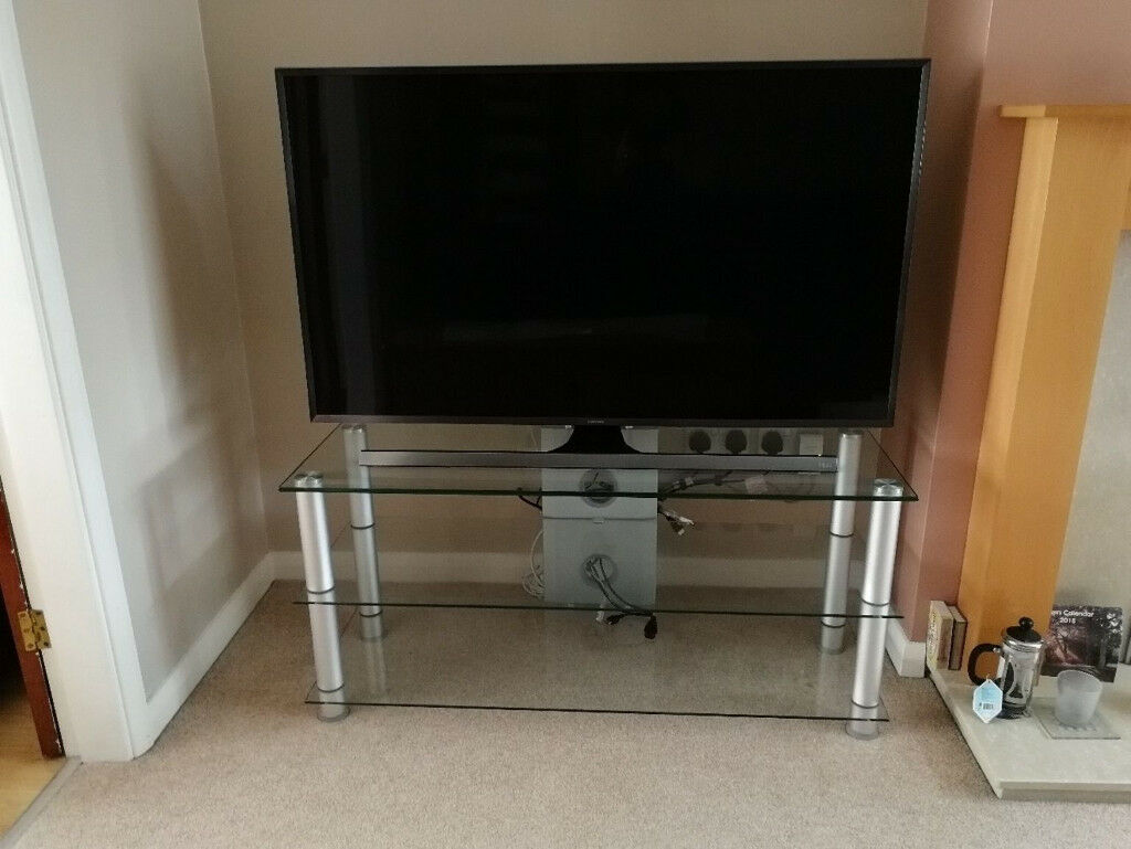 Glass Silver Tv Stand In Toton Nottinghamshire Gumtree
