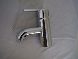 2 Chrome Bathroom basin mixer taps.