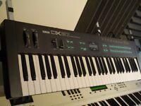 Yamaha DX27 FM Synthesizer