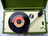 Steepletone SRP025 Retro Portable Vinyl Record Player