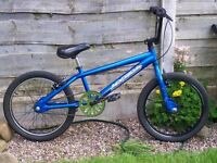 APOLLO MX 20.2 BMX BIKE