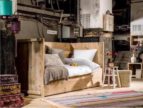 ≥ Hippe kinderbedden/ STEIGERHOUT/ Op maat STEIGERHOUTEN bed ...