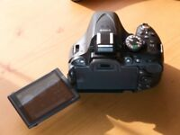Nikon D5200 with Battery Grip and spare batteries - Shutter Count less than 5500