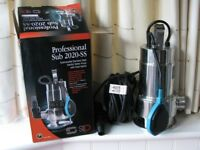 Professional Sub2020-SS : Submersible stainless steel Electric water pump. USED ONCE
