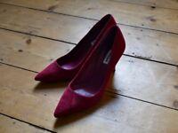 Dune high heels red velvet