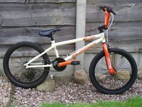 RUPTION THRUST BMX BIKE
