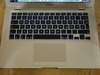 "Apple MacBook Air 13"" - Top Spec 2009! Core 2 Duo 2.13Ghz - 2GB RAM - 128GB SSD + MagSafe"