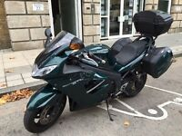 Triumph ST 1050 in british racing green only 10,000 miles