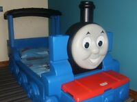 Little Tikes Thomas the Tank Engine Toddler Bed With Delux Mattress and Thomas Bedding
