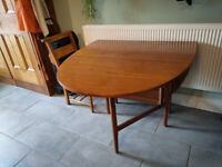 Mid-century Drop-leaf Teak Table by Nathan – Less Obvious Alternative to Ercol