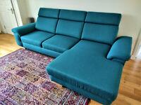LARGE CORNER SOFA/ SOFA-BED. BARGAIN PRICE