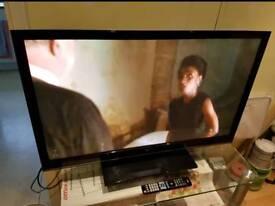 "42"" LG ULTRA FLAT SCREEN TV. INC FREEVIEW HDMI USB SWIVEL STAND REMOTE. PERFECT. £145 ono"