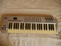 M-Audio Oxygen 49 midi Keyboard (silver)