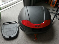Givi Top Box with monolock plate