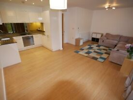 Luxurious Balcony Two Bedroom Flat in Bournemouth Centre