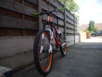 Kona Stinky 2010 DH bike