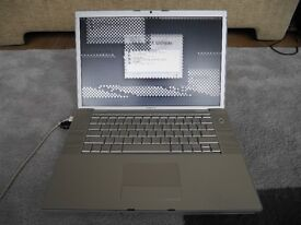 """Apple MacBook Pro 15.4"""" - Intel Core 2 Duo 2.1GHz - 1GB RAM - SuperDrive - A1211 - Display Issue"""