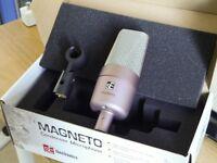SE Magneto Condenser Microphone Limited Edition