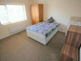 Large double room to let in Boscombe 113AY-5