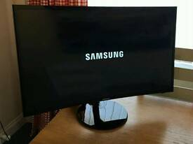 32in Samsung CURVED 1080p LED TV VGA HDMI USB FREEVIEW HD 1