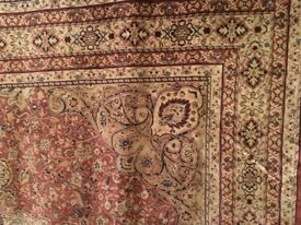 Carpet cream and red pattern
