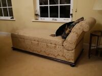 Chaise 1930's Drop End Day Bed with Lift-Up Storage (Delivery Available)