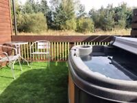Yellowtop Country Park, Luxury Self Catering Lodges with Private Outdoor Hot Tubs, Sleeps 1-5