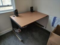 **FREE** High Quality Office Desk