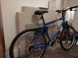 Men's Mountain bike like new working condition