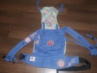 Ergobaby Organic Carrier with Newborn Infant Insert (Birth-18kg, wear 3 ways, 100% Cotton)