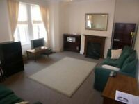 ** Huge 1 Bed Period Conversion Flat, Peckham SE15 **Perfect For Couple/Single, Floor Plan Attached!